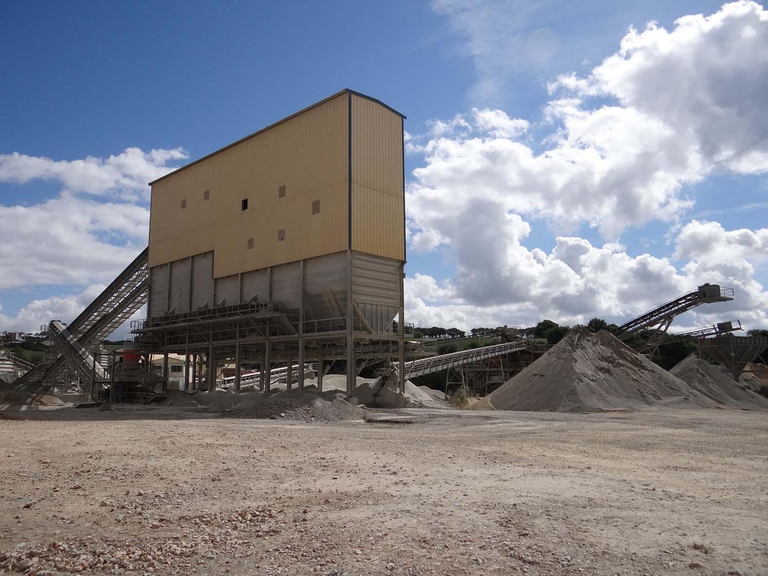 Le Roux TP - Carrière - Matériaux proposés - Installation tertiaire -1